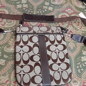 Coach purse9x7 small